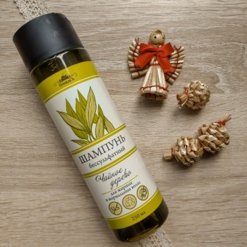 Шампунь Чайное дерево бессульфатный для жирных и нормальных волос